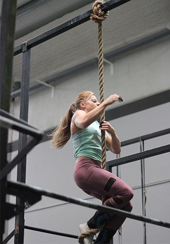 descent rope climb